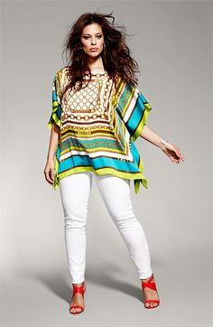 Today we will be discussing about some casual outfits for plus size women and latest curvy women funky style. For young women who are plus size. Casual outfits that are easy to carry and can be worn on daily basis. Xl Mode, Mode Plus, Curvy Women Fashion, Plus Size Fashion, Womens Fashion, Petite Fashion, Fashion Fashion, Fashion Outfits, Casual Outfits