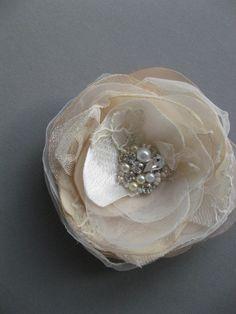 Vintage Wedding Bridal hair Flower fascinator by LeFlowers on Etsy, $27.00