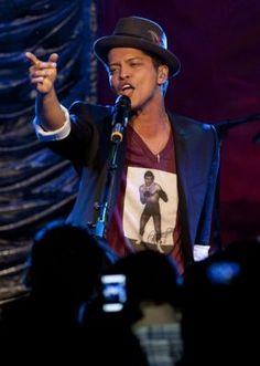 Bruno Mars,Rádio Heart 2011