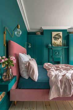 Loving this bright bedroom decor! This London Edwardian home was renovated into a contemporary, colorful, and eclectic family home that is both functional and fabulous for modern family life. for bedroom wohnung decoration dekorieren einrichten ideen Green Bedroom Decor, Bedroom Wall Colors, Teal Bedroom Walls, Dark Teal Bedroom, Blush Bedroom, Bedroom Romantic, Bright Bedroom Colors, Teal Bedrooms, Best Colour For Bedroom