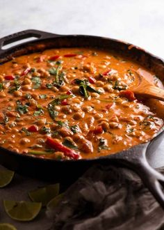 Brazilian Chickpea Stew in a skillet, ready to be served Chickpea Recipes, Vegetarian Recipes, Cooking Recipes, Healthy Recipes, Healthy Food, Vegetarian Protein, Curry Recipes, Cooking Tips, Chickpea Coconut Curry