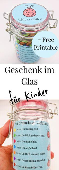 Schöne DIY Geschenkideen für Männer, Frauen und Kinder: Geschenke im Glas! Schöne Geschenk  Idee für den Geburtstag oder jeden anderen Anlass zum selber machen. DIY Geschenke im Glas zum selbst zusammen stellen.