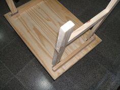 Reciclado de madera cama de plataforma plataforma por - Como hacer una mesa abatible ...