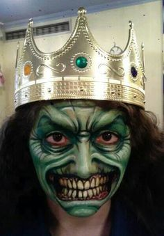 Amazing Halloween Makeup, Halloween Make Up, Painting Inspiration, Face And Body, Body Painting, Creepy, Body Art, Projects To Try, Devil