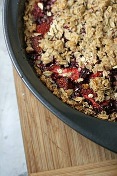 Strawberry Pie with Oatmeal Cookie Crust ~vegan, gluten free~