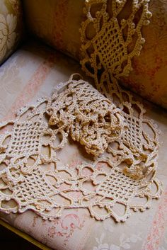 Vintage Lace Trim Very Detailed Crochetted in Linen by taffnie