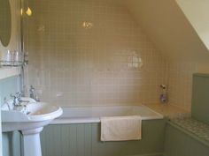 Tongue and groove bathroom