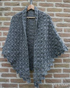 64 New Ideas Crochet Cowl Poncho Love Crochet Shawl Free, Crochet Shawls And Wraps, Love Crochet, Crochet Scarves, Beautiful Crochet, Diy Crochet, Crochet Clothes, Crochet Stitches, Crochet Hats