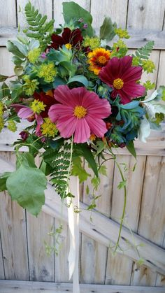 Our loose, natural designs showcase the beauty of our fresh flowers, and color palettes change throughout the seasons. Table Flowers, Cut Flowers, Dried Flowers, Zinnia Bouquet, Late Summer Flowers, Flower Arrangements Simple, Flower Farmer, Cut Flower Garden, Wedding Flower Inspiration