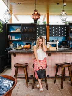 The cutest poolside bar at East Austin Hotel + 3 Questions to Ask Yourself Before Your Next Clothing Purchase - The Effortless Chic Questions To Ask, This Or That Questions, Austin Hotels, Look Back At Me, Pool Days, Effortless Chic, Swimsuit Cover, Fashion Advice, Style Me
