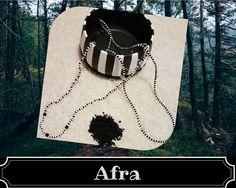 Afra es el elegua que acompaña a Asojano San Lázaro) en la religión yoruba https://www.facebook.com/crearteorishamadrid/ #sanlazaro #madrid #santeria #afrocubano #atributosyorubas #santos #orishas #aja #españa #asojano #afra #elegua