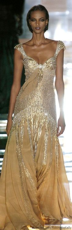 Elie Saab Haute Couture Fashion and Designer Style Beautiful Gowns, Beautiful Outfits, Gorgeous Dress, Couture Fashion, Runway Fashion, Gold Fashion, Fashion Women, Fashion Beauty, Fashion Tips
