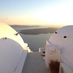 Good morning #Santorini!  #Greece #ourlifeintransit #nofilter by melrow