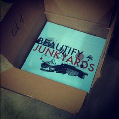 "Fruits de Mer Records (UK): Beautify Junkyards 7"" - purple/gold or blue vinyl"