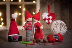 Outdoor Christmas, Christmas Time, Christmas Crafts, Christmas Ornaments, Crochet Converse, Christmas Storage, Crochet Mouse, Scandinavian Christmas, Christmas Knitting