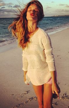 Knitted Jumper, Pink Shorts and Kisses by Rosie Huntington Whiteley - Outfit Ideas and Inspiration - Instagram Style - Summer Fashion