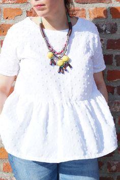 Petite-chérie - Patron de couture La blouse Marthe de La république du chiffon réalisé avec un tissu en coton plumetis blanc