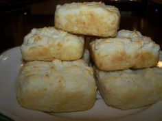 Low Carb Biscuits....only 1 net carb per biscuit....OMG!!!  I need these now.  I'm missing bread!!!  Can't wait to buy some Carbquik so I can try these :  )