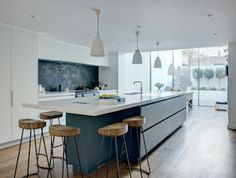 Roundhouse bespoke Urbo kitchen in a town house basement