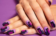 Nail Art Of The Day: DIY Retro Matte Nails. We stumbled upon this fabulous matte nail art and we can't stop talking about it. Nail Art Violet, Purple Nail Art, Matte Nail Art, Pastel Nail, Colorful Nails, Ombre Nail, Nail Art Stripes, Striped Nails, Nail Polish Designs