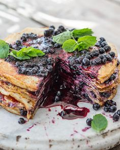 a traditional scandinavian pancake cake using blueberry jam as the filling Just Desserts, Delicious Desserts, Dessert Recipes, Yummy Food, Thousand Layer Cake, Cupcake Cakes, Cupcakes, Blueberry Recipes, Blueberry Jam