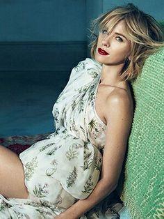Rms Beauty Living Luminizer, How To Apply Concealer, Cream Blush, Naomi Watts, Facial Serum, Vogue Australia, Hollywood Life, Celebrity Makeup, Summer Makeup