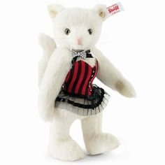 Fancy a little game? Whether baccarat, poker or roulette, Pussy Cat knows them all! In the casino, she places cards and chips with an innocently coy look. She trumps, enchants - and wins: including every heart. #Steiff #new #2015 #collectible