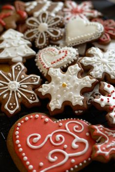Biscotti Cookies, Cookie Decorating, Sugar Cookies, Food And Drink, Favorite Recipes, Cooking, Christmas, Aga, Kitchen