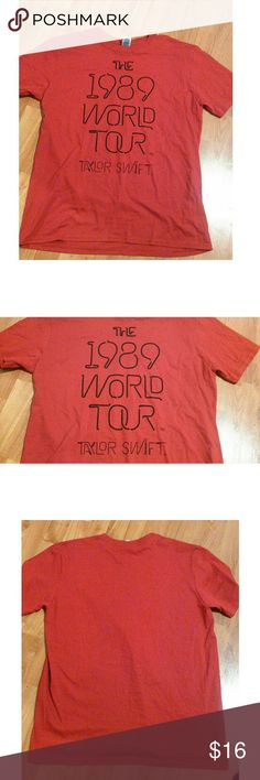 TAYLOR SWIFT 1989 Tour T-shirt Red Taylor Swift 1989 tour T-shirt New without tags Size large 21 inches armpit to armpit 27 inches in length Tops Tees - Short Sleeve