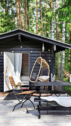 Prefab Cottages, Outdoor Furniture, Outdoor Decor, Lodges, Ski Chalet, Tiny House, New Homes, Cabin, Interior Design