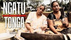 Video displaying process of preparing ngatu (tapa cloth). Processional welcoming Queen Elizabeth II to Tonga with Ngatu launima (tapa cloth). Tonga, central Polynesia. 1953 C.E. Multimedia performance (costume; cosmetics, including scent; chant; movement; and pandanus fiber/hibiscus fiber mats), photographic documentation.