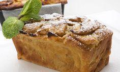 Eva Arguiñano prepara una tarta o pudin de manzana con huevos y leche, un pastel que se elabora en el horno de forma fácil. Apple Pie Bread, Apple Cake, Banana Bread, Cheesecake, Bon Appetit, Cake Recipes, Sweet Tooth, Food Photography, French Toast