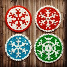 Round Snowflake Christmas Coaster Perler Hama Beads - Beadsmeetgeeks