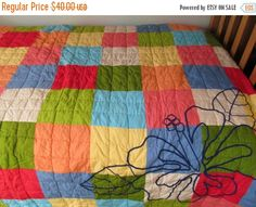 FALL FLASH SALE Quilt - Beautiful twin bed cover. Colors are vibrant, condition is great! by CellarDeals on Etsy