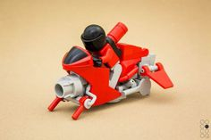 Miniature space Superbike — top speed 227 mph: