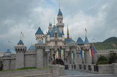 hong kong disneyland itinerary and budget travel blogger
