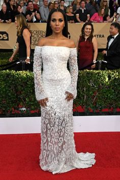 We can't tell if Kerry Washington's strapless Roberto Cavalli gown is cheetah print or not, but in the lucky case that it is, can we officially deem the hard-to-style trend red carpet (and Olivia Pope) approved? #refinery29 http://www.refinery29.com/2017/01/138352/best-dressed-celebrities-sag-awards-2017#slide-13