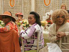 Legends Della Reese, Coretta Scott King and Roberta Flack listen to the young'uns' tribute.