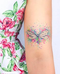 Exceptional cute tattoos are available on our site. Have a look and you will no… - Disney Liebe Wrist Tattoos, Flower Tattoos, Body Art Tattoos, Small Tattoos, Sleeve Tattoos, Watercolor Dragonfly Tattoo, Dragonfly Tattoo Design, Tattoo Designs, Dragonfly Tatoos