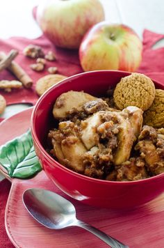 Slow Cooker Apple Gingerbread Crumble #SundaySupper