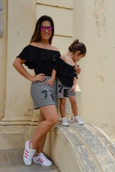 """Mommy keeps her arm around me, so that I won't fall. Mother Daughter Photos, Mother Daughter Matching Outfits, Mother Daughter Fashion, Mom Daughter, Mom And Baby Outfits, Family Outfits, Boy Outfits, Outfits Madre E Hija, Disney Baby Clothes"