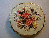 Vintage Stratton made in England Rose Floral Enamel Compact
