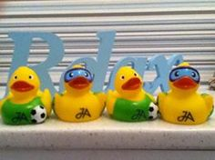 More #travelducks from Aberdeen! This time courtesy of Arlene Robertson. Many thanks!
