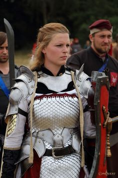Women in Armour - ConQuest of Mythodea 2015 - 1 | 2 | 3 When you let women dress…