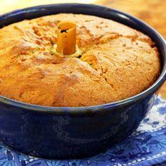 Lorna's Sour Cream Cake