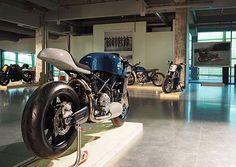 Ducati 749 Cafe Racer by deBolex Engineering #motorcycles #caferacer #motos | caferacerpasion.com
