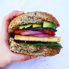 "im-horngry: "" Vegan Avocado Burgers - As Requested! X Tofu Burger with Hummus, Veggies & Avocado! Pulled Pork Burger, Tofu Burger, Avocado Burger, Veggie Sandwich, Vegan Burgers, Healthy Habits, Healthy Recipes, Healthy Foods, Clean Eating"