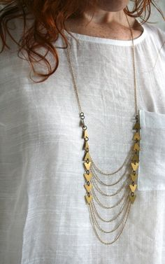 Arrow and chain necklace