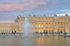 Versailles Palace – If you are a fan of history books, you surely know what the Versailles Palace is. This is where numerous French monarchs lived. It is also where a lot of important treaties and gatherings throughout history were held. The palace is definitely a sight to behold. One could not simply ignore its magnificence in terms of size and architectural design. You will definitely enjoy the Hall of Mirrors.
