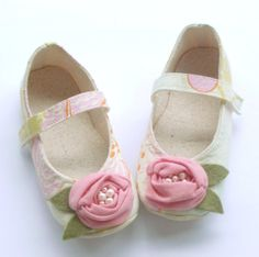Baby Girl Clothes Gift | Baby and Toddler Girl Shoes, Christmas Gift, Baby Girl Clothes, Soft ...